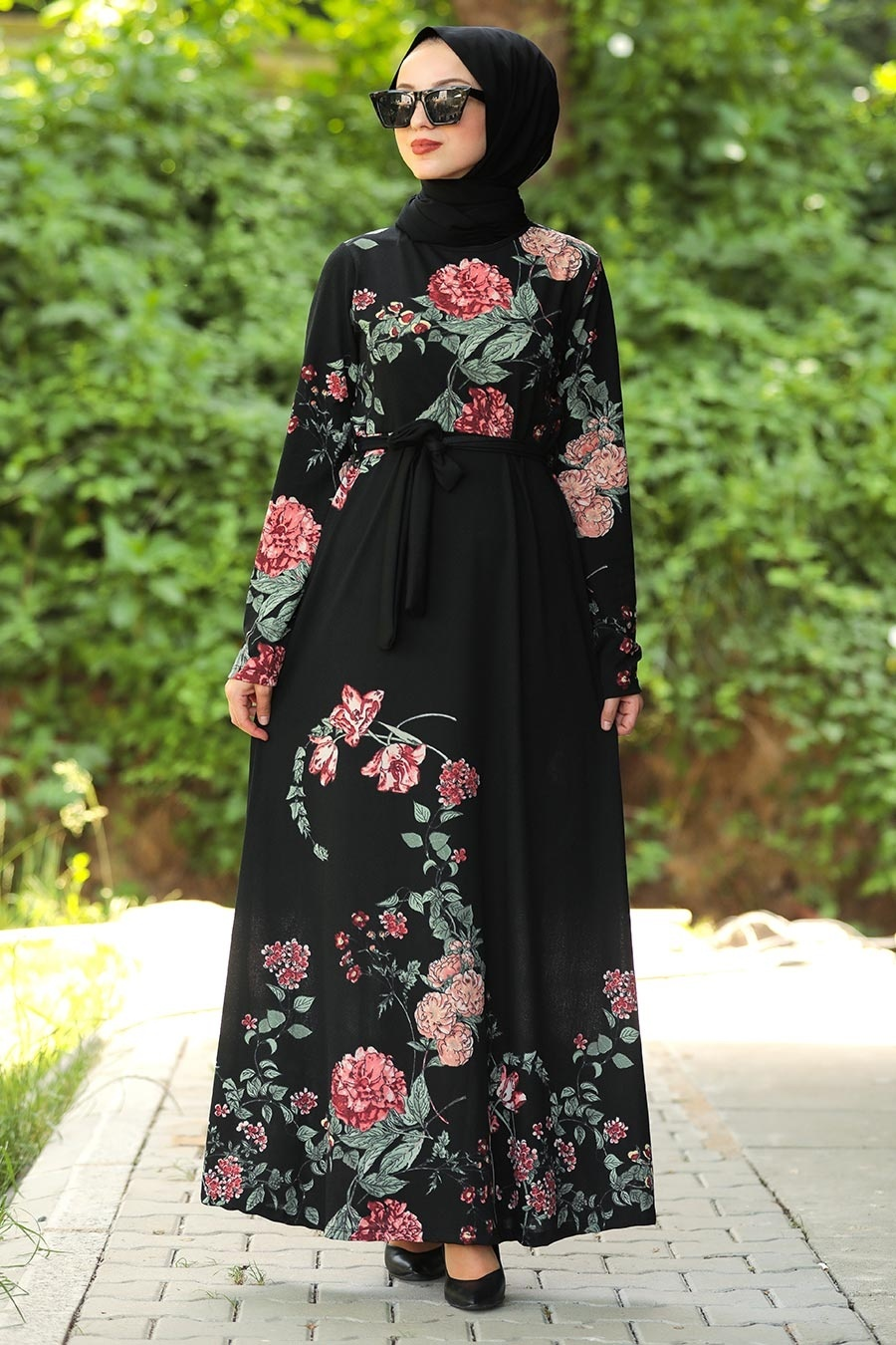 Neva Style - Çiçek Desenli Siyah Tesettür Elbise 43091S