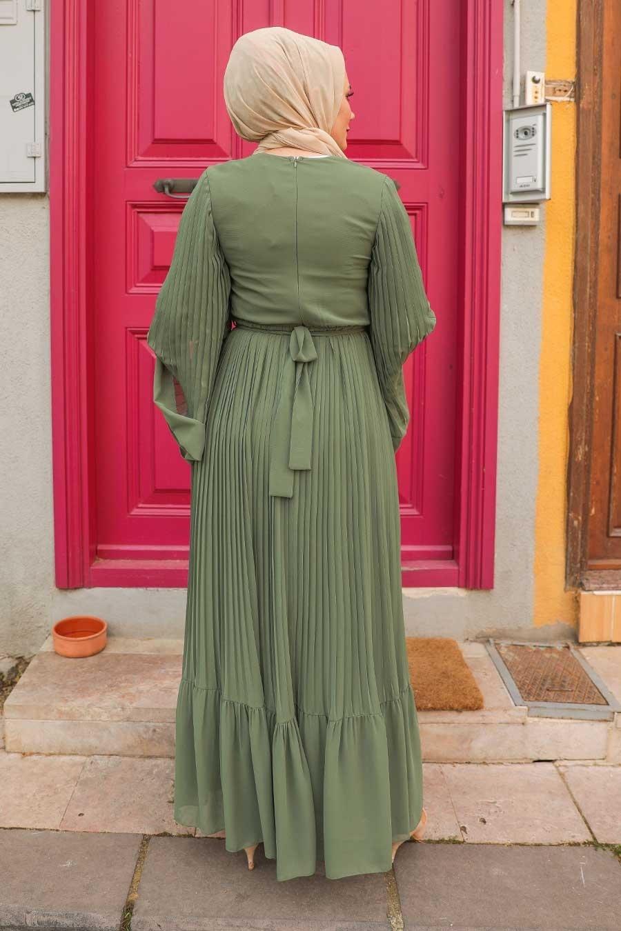 Neva Style - Pliseli Koyu Haki Tesettür Elbise 2884KHK