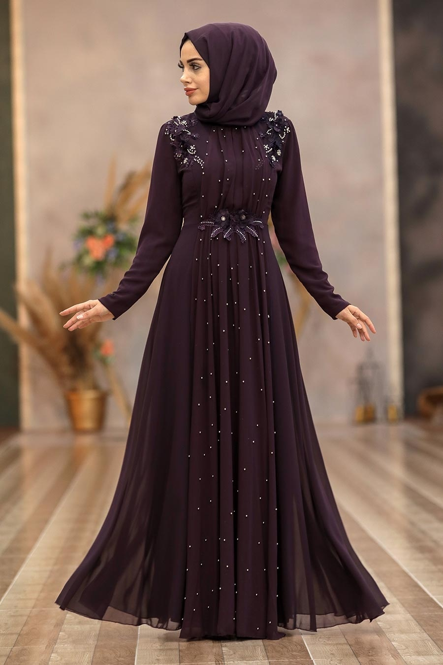 Tesettürlü Abiye Elbise - Boncuk Detaylı Mürdüm Tesettür Abiye Elbise 50030MU