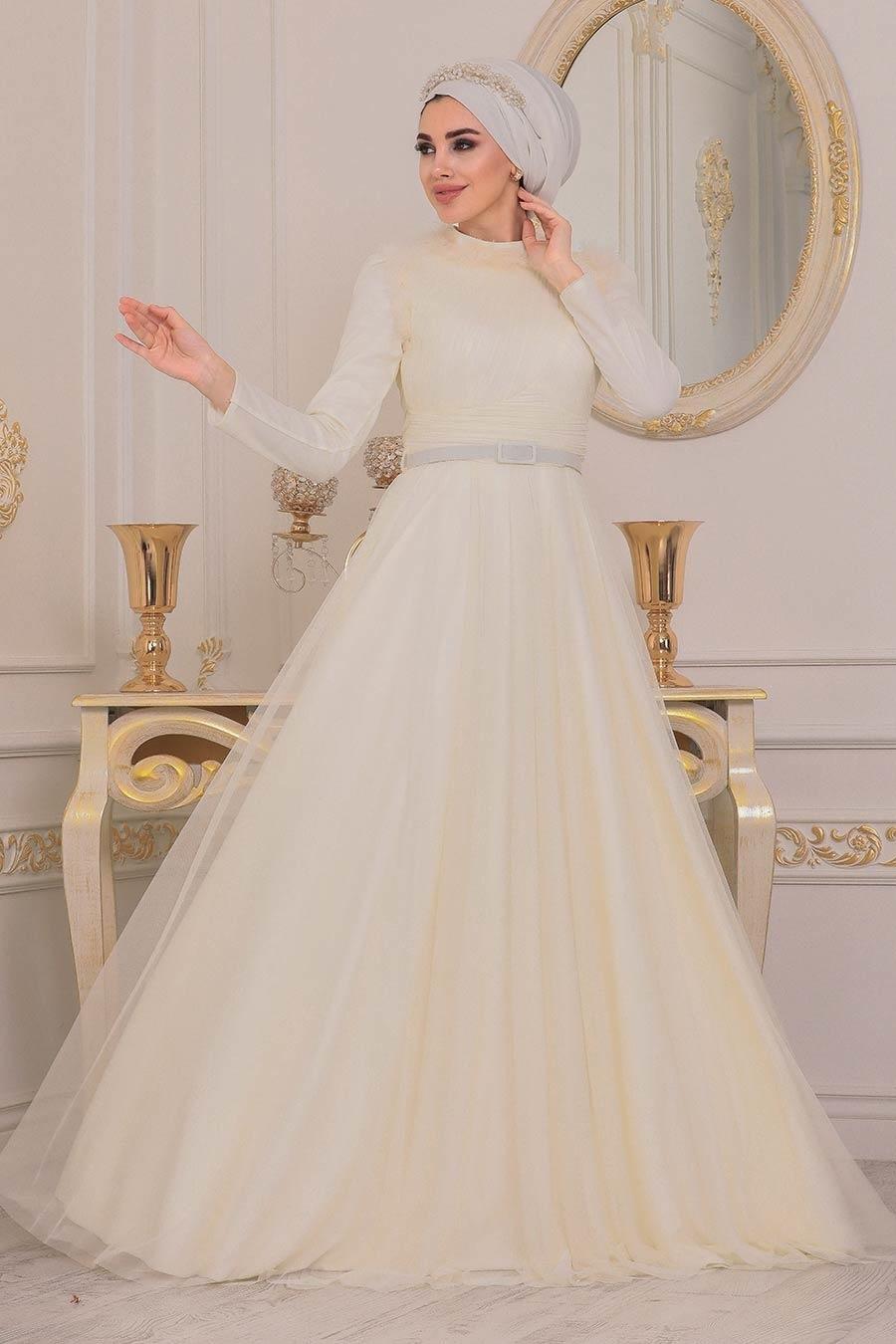 Tesettürlü Abiye Elbise - Püskül Detaylı Ekru Tesettür Abiye Elbise 39890E