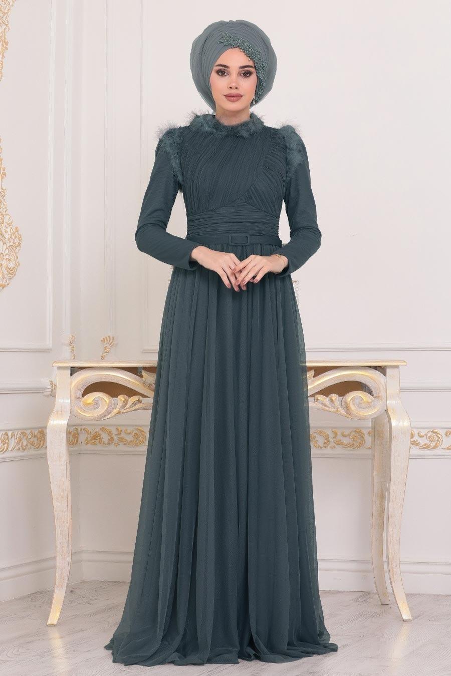Tesettürlü Abiye Elbise - Püskül Detaylı Koyu Yeşil Tesettür Abiye Elbise 39890KY