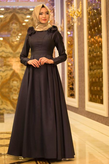 Tuay - Omuzları Büzgülü Tafta Lacivert Tesettür Abiye Elbise 2406L