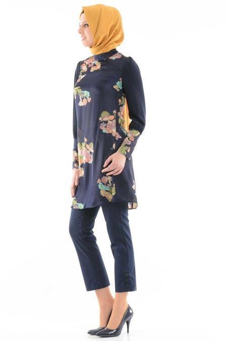 Tuncay - Çiçek Desenli Lacivert Tunik